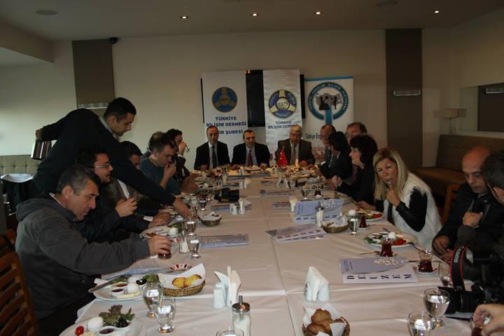 """genel4 Engelsiz Bilişim 2014 Kongresi"""", tanıtım toplantısı 27 Şubat 2014 tarihinde gerçekleştirildi."""